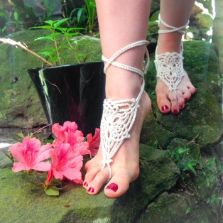 Seagull Barefoot Sandals Crochet Lace in Natural Cotton